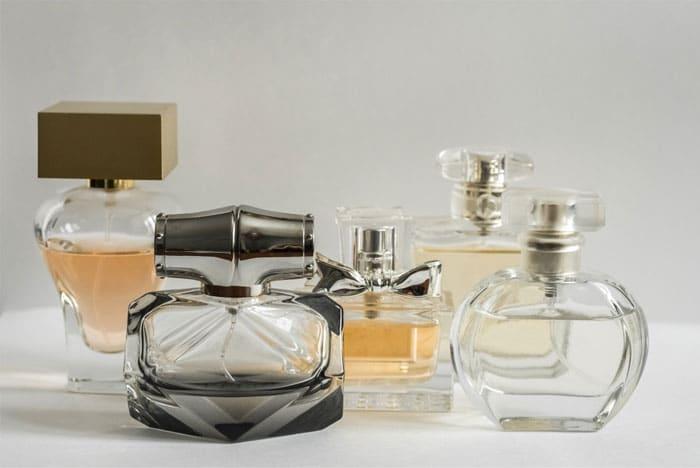 glass-perfume-bottles