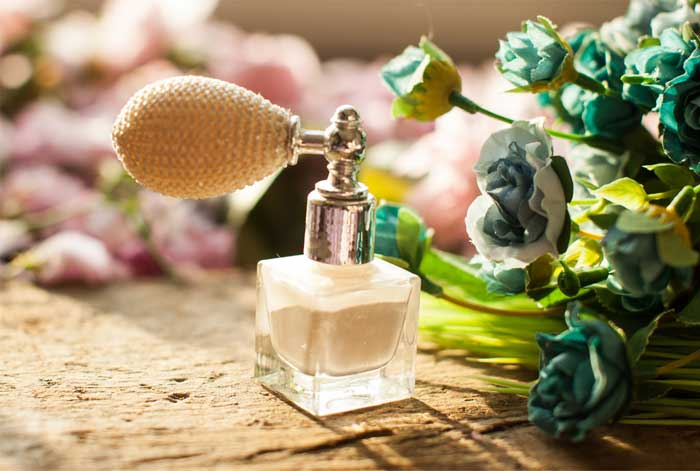 perfume-powder